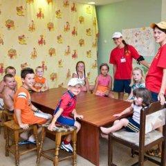Hrizantema- All Inclusive Hotel детские мероприятия фото 3