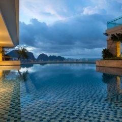 Wyndham Legend Halong Hotel бассейн фото 2