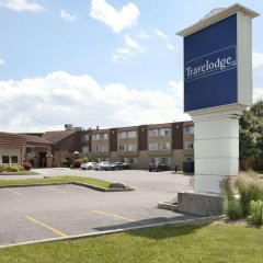 Отель Travelodge by Wyndham Ottawa East Канада, Оттава - отзывы, цены и фото номеров - забронировать отель Travelodge by Wyndham Ottawa East онлайн парковка