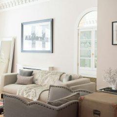 Апартаменты The Luxe Whitehall Duplex Apartment комната для гостей фото 4