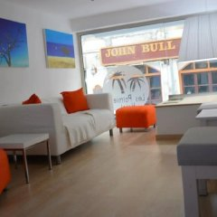 Les Palmiers Beach Hotel in Larnaca, Cyprus from 124$, photos, reviews - zenhotels.com hotel interior photo 2
