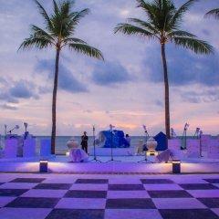 Отель Galle Face Hotel Шри-Ланка, Коломбо - отзывы, цены и фото номеров - забронировать отель Galle Face Hotel онлайн бассейн фото 2