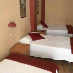 Отель Plaza Pombo B&B Испания, Сантандер - отзывы, цены и фото номеров - забронировать отель Plaza Pombo B&B онлайн комната для гостей фото 2