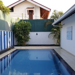Negombo Blue Villa Hotel бассейн фото 3