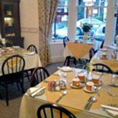 Отель Lyndhurst Guest House питание