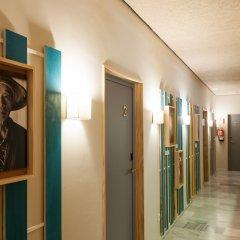 The Nomad Hostel интерьер отеля