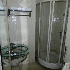 Отель Pearl City Hotel Шри-Ланка, Коломбо - отзывы, цены и фото номеров - забронировать отель Pearl City Hotel онлайн ванная