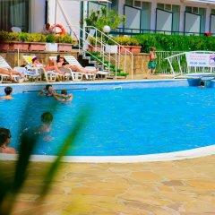 Park Hotel Kini- All Incusive бассейн фото 3