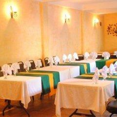 Hotel Antiguo Roble Грасьяс помещение для мероприятий фото 2