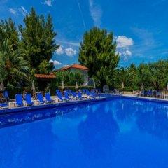Отель Philoxenia Bungalows бассейн