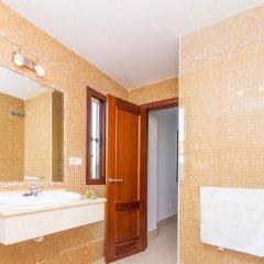 Отель Chalet Loma de Sanctipetri Испания, Кониль-де-ла-Фронтера - отзывы, цены и фото номеров - забронировать отель Chalet Loma de Sanctipetri онлайн ванная фото 2