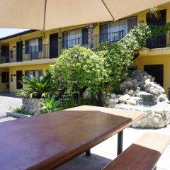 Отель Casa Bella Inn США, Лос-Анджелес - отзывы, цены и фото номеров - забронировать отель Casa Bella Inn онлайн парковка