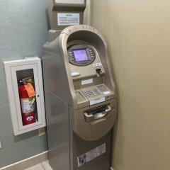 Отель Corona Hotel США, Нью-Йорк - отзывы, цены и фото номеров - забронировать отель Corona Hotel онлайн банкомат