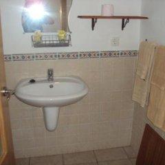 Отель Hostal Fenix Испания, Херес-де-ла-Фронтера - отзывы, цены и фото номеров - забронировать отель Hostal Fenix онлайн ванная фото 2