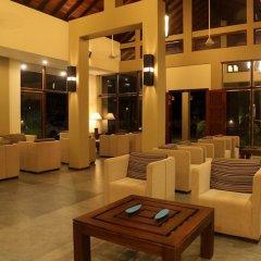 Отель Chaarya Resort & Spa by Chandrika интерьер отеля