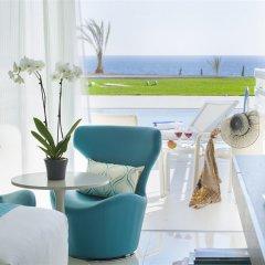 King Evelthon Beach Hotel & Resort комната для гостей фото 14