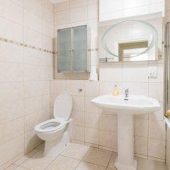 Отель Belgravia Apartments - Grosvenor Gardens Великобритания, Лондон - отзывы, цены и фото номеров - забронировать отель Belgravia Apartments - Grosvenor Gardens онлайн ванная фото 2