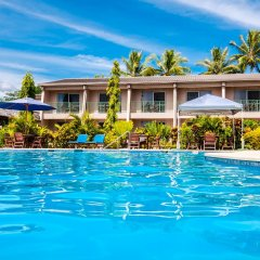Tanoa Waterfront Hotel бассейн