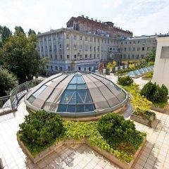Отель Royal Route Residence Варшава бассейн