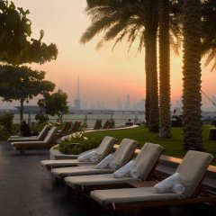 Отель InterContinental Residence Suites Dubai Festival City бассейн