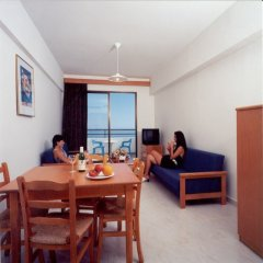 Corallia Beach Hotel Apartments in Paphos, Cyprus from 74$, photos, reviews - zenhotels.com guestroom photo 4