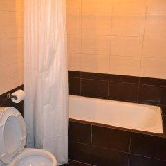 Отель Lancaster Hotel Cebu Филиппины, Лапу-Лапу - отзывы, цены и фото номеров - забронировать отель Lancaster Hotel Cebu онлайн ванная фото 2