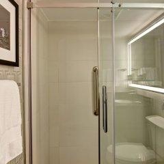 Отель DoubleTree by Hilton Hotel Toronto Downtown Канада, Торонто - отзывы, цены и фото номеров - забронировать отель DoubleTree by Hilton Hotel Toronto Downtown онлайн ванная