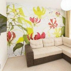 Апартаменты Alexandrovi Apartment in Cascadas Complex Солнечный берег комната для гостей
