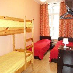 Хостел Бабушка Хаус Стандартный номер с двуспальной кроватью фото 8