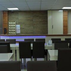 Cam Motel Турция, Узунгёль - отзывы, цены и фото номеров - забронировать отель Cam Motel онлайн гостиничный бар