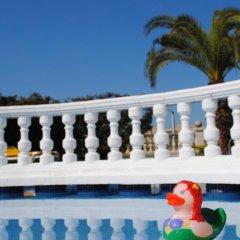 Отель Bonsol Испания, Льорет-де-Мар - отзывы, цены и фото номеров - забронировать отель Bonsol онлайн бассейн фото 3