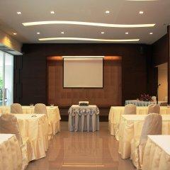 Отель Casa Del M Resort Phuket Патонг помещение для мероприятий