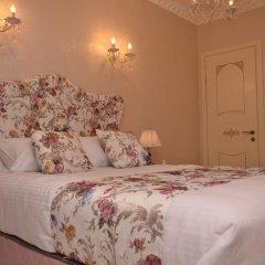 Отель English Home Tbilisi комната для гостей фото 4