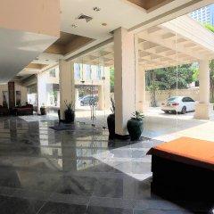 Отель Twin Peaks Sukhumvit Suites Бангкок интерьер отеля