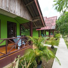 Отель Green Garden Resort Таиланд, Ланта - отзывы, цены и фото номеров - забронировать отель Green Garden Resort онлайн балкон