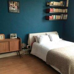 Апартаменты 1 Bedroom Apartment in Arsenal комната для гостей фото 2