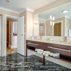 Отель Renaissance Brussels Hotel Бельгия, Брюссель - 3 отзыва об отеле, цены и фото номеров - забронировать отель Renaissance Brussels Hotel онлайн ванная фото 2