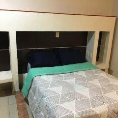 Отель Crisantemos Suite Мексика, Канкун - отзывы, цены и фото номеров - забронировать отель Crisantemos Suite онлайн сейф в номере