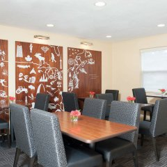 Отель TownePlace Suites by Marriott Indianapolis - Keystone