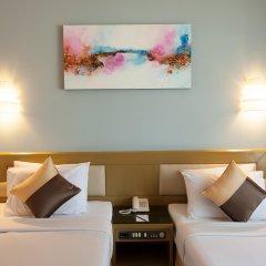 Отель Pinnacle Lumpinee Park Бангкок комната для гостей
