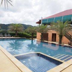 Отель Chomview Resort Ланта бассейн фото 3