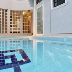 Отель Villa Raha бассейн