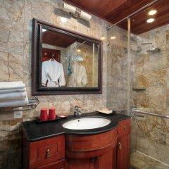 Отель Garden Bay Legend Cruise Вьетнам, Халонг - отзывы, цены и фото номеров - забронировать отель Garden Bay Legend Cruise онлайн ванная фото 2