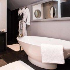 The Exhibitionist Hotel ванная