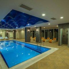 Отель Palm World Side Resort & SPA бассейн