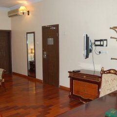Owu Crown Hotel комната для гостей