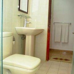 Отель The Kent Шри-Ланка, Тиссамахарама - отзывы, цены и фото номеров - забронировать отель The Kent онлайн ванная фото 2