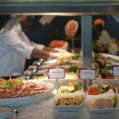 Отель Crowne Plaza Abu Dhabi Yas Island питание фото 2