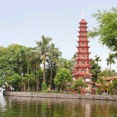 Отель Pullman Hanoi Ханой приотельная территория фото 2
