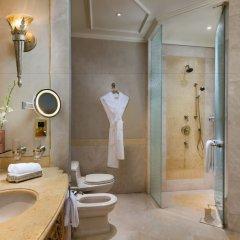 Отель Emirates Palace Abu Dhabi ванная фото 2